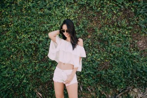 Easy breezy dressing in gold Burberry shades, a Trippy Swag off-shoulder top, and Forever 21 shorts