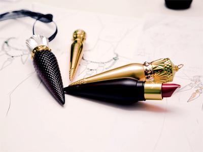 louboutin-lipstick preen