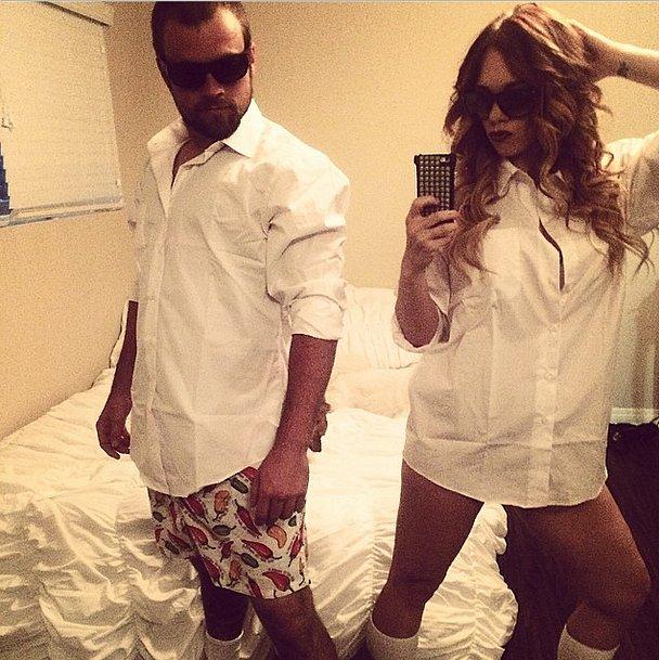 10 couple halloween costumes you can whip out of your closet preen solutioingenieria Image collections