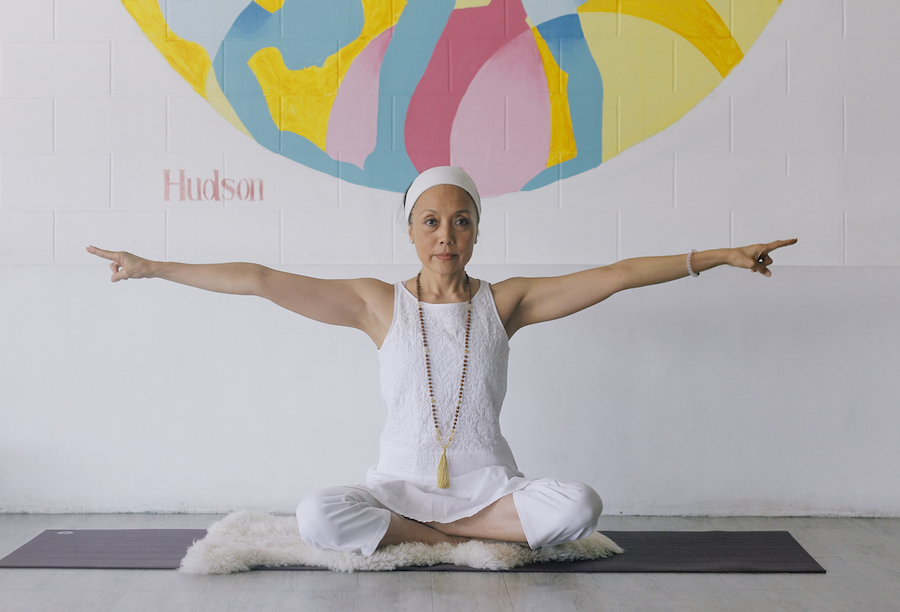 How a Kundalini Yoga Class Can Bring Out Your Inner Glow