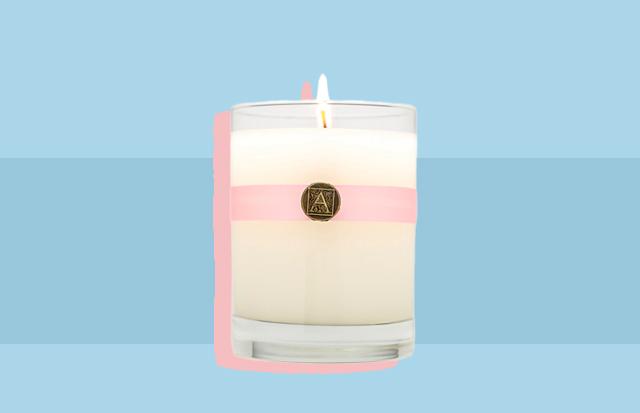 Aromatique candle rustan's preen