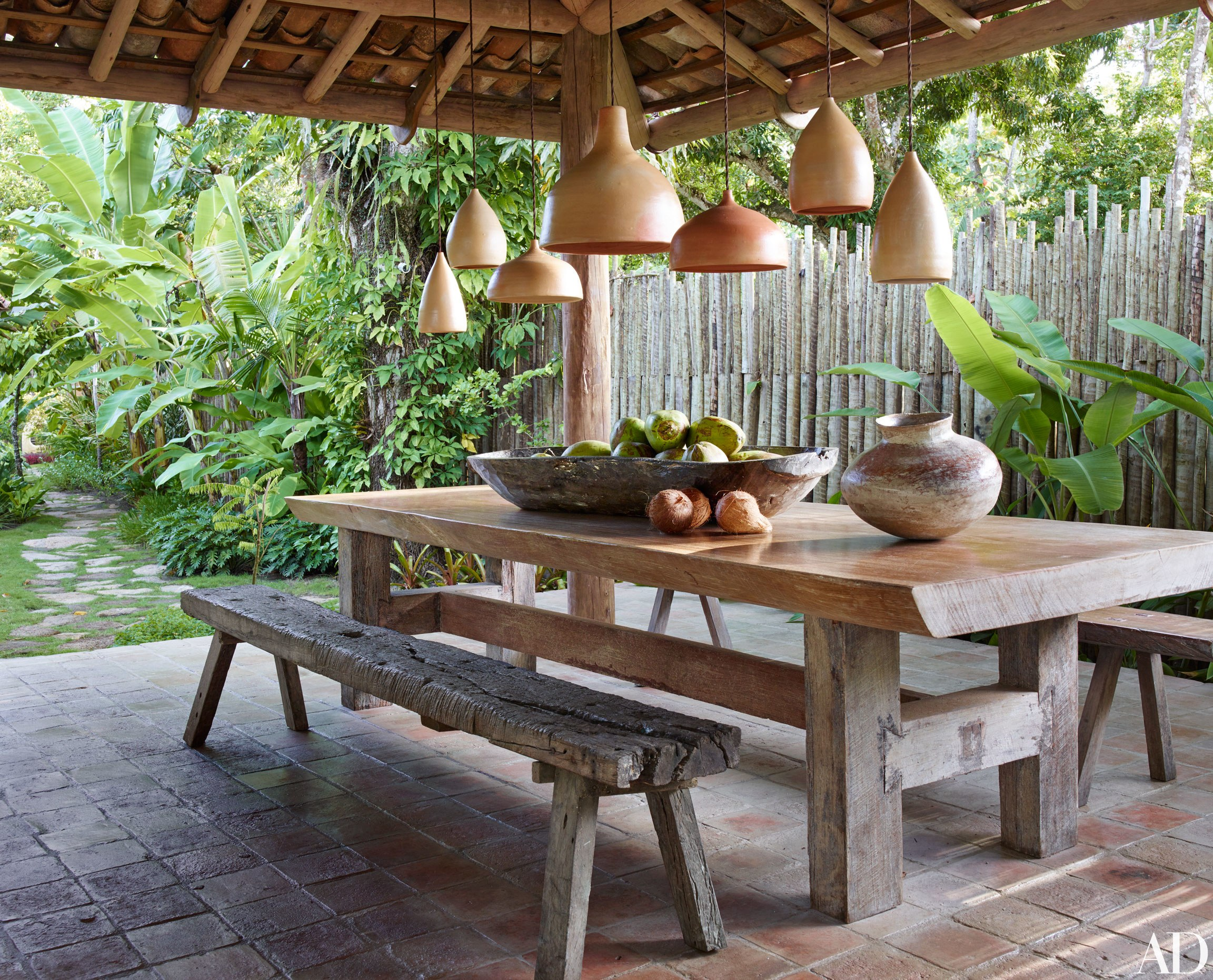 Anderson cooper s brazilian rest house is a vintage and rustic dream - Anderson Cooper S Brazilian Rest House Is A Vintage And Rustic Dream Space Preen