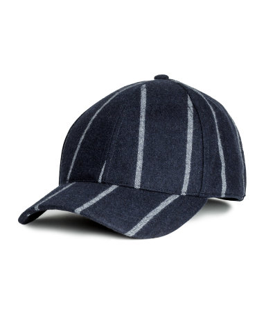 1f464d8b3ef H M Wool-blend Cap (P599). Available at SM Makati and SM Megamall.