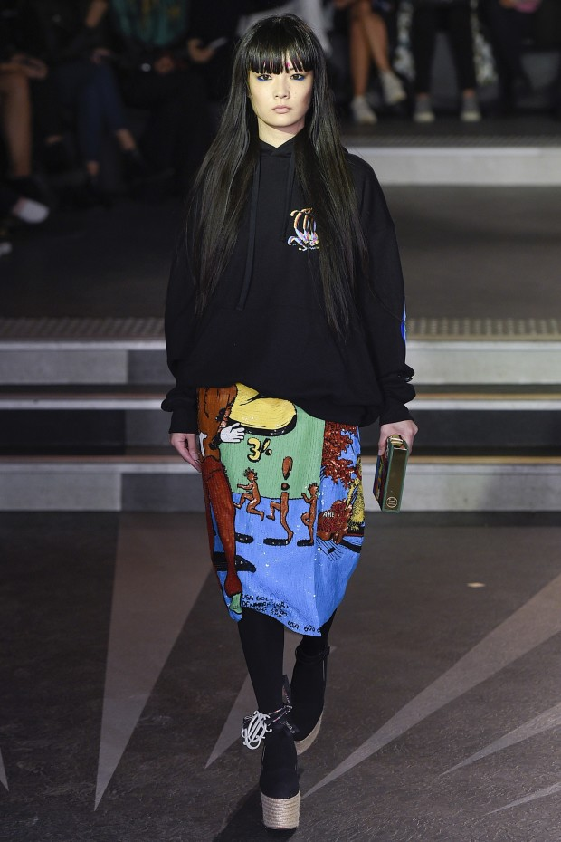 olympia le tan skirt paris fashion week