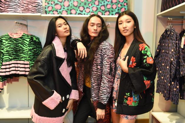 "30958a58e5dd hye won jang jullian culas louyan ong at the #kenzoxhm shopping party. """