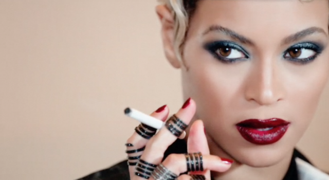 beyonce-wearing-bright-plum-lipstick-in-haunted-video-07
