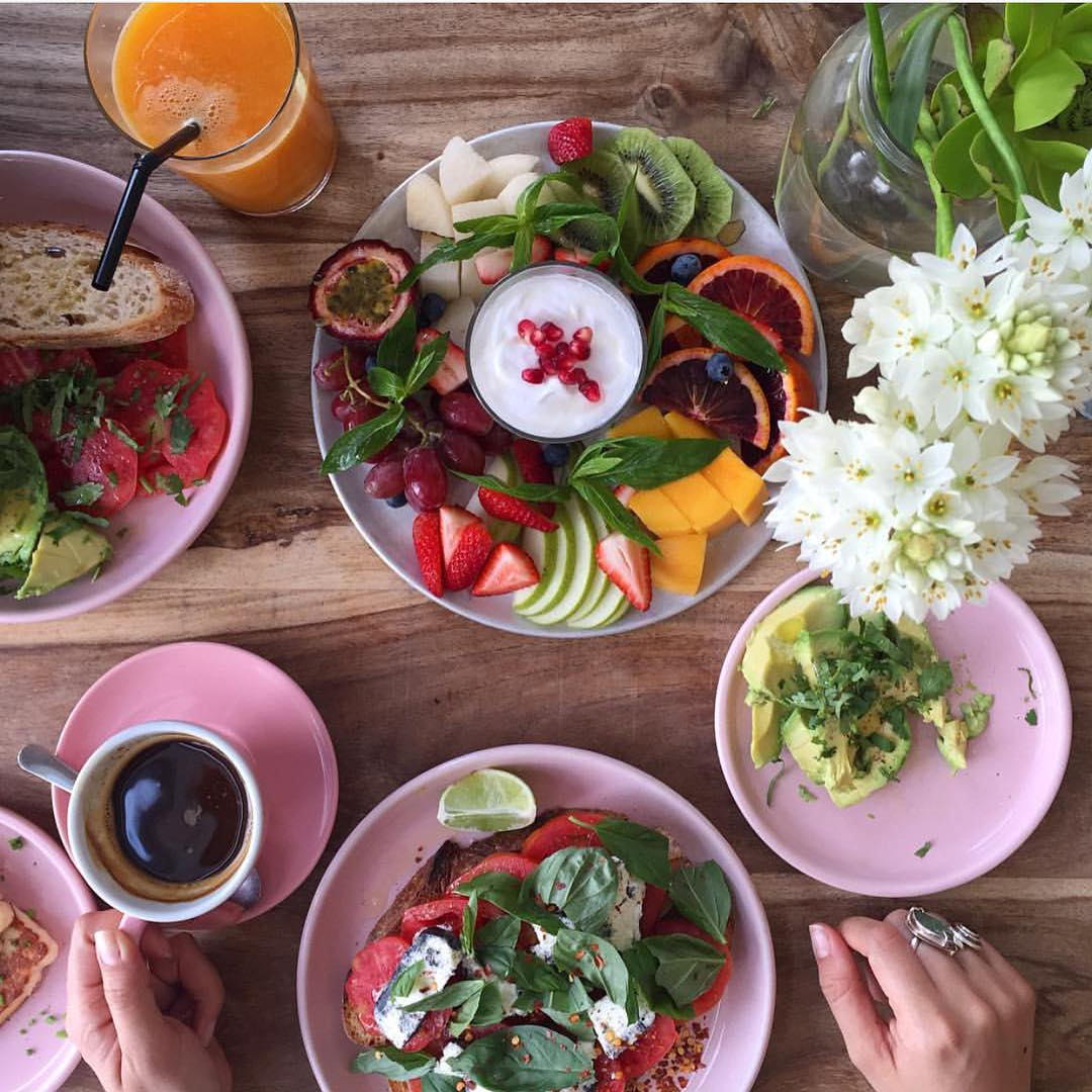 Colorful, crunchy, full plate of things good for you partnered with the best cold-pressed juices and fine teas is the way to go.
