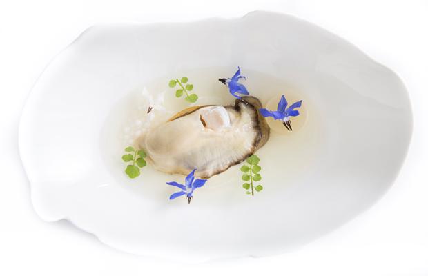 mirazur oyster