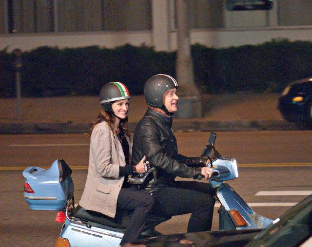 larry crowne scooter julia roberts tom hanks