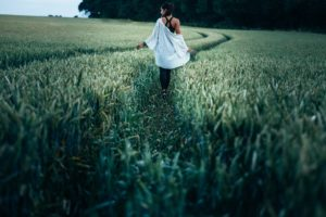 freedom woman in field