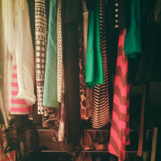 Exceptionnel How To Get Rid Of The Musty Smell In Your Closet During Rainy Days