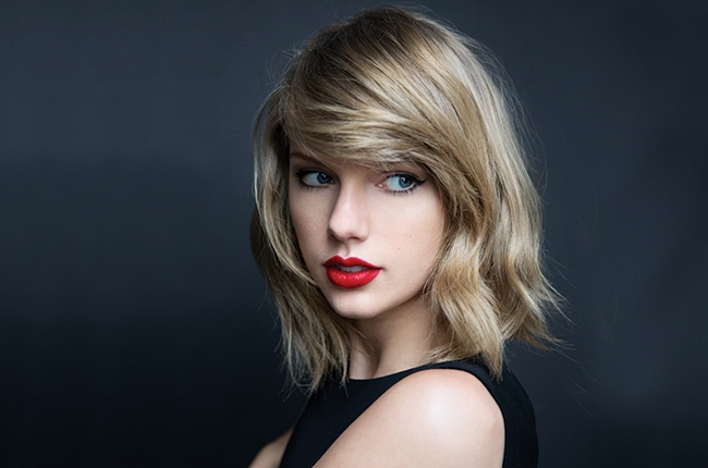 Taylor swift is being sued for this lyric in her song preen taylor swift stopboris Image collections