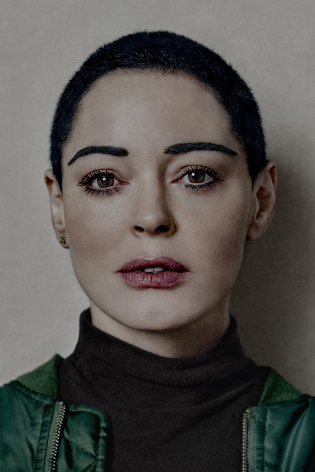 Rose McGowan Isn\'t Sold on The Black Gown Protest at the Golden ...