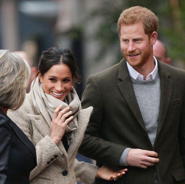 MeghanMarkle_PrinceHarry_WeddingInvites