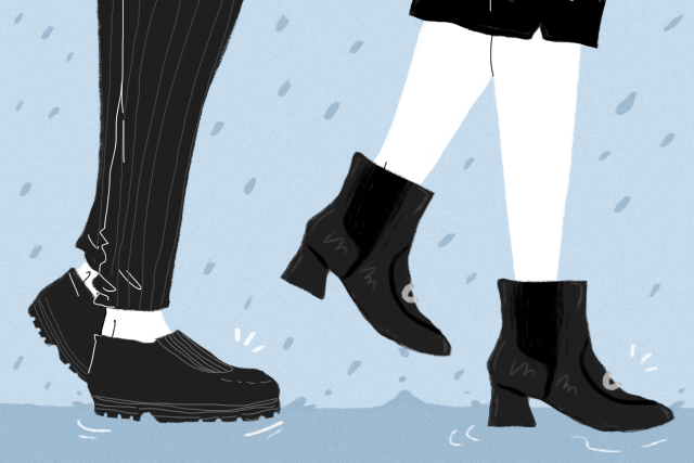 wear cute shoes to work on a rainy day