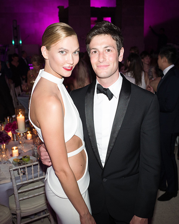 Karlie Kloss & Josh Kushner Are Officially Engaged! See the Announcement Pic Here