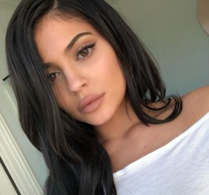 Kylie Jenner 1_Featured