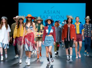 Amazon Fashion Week Tokyo_Bench_Fashion Show_Featured