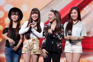 """'X Factor' UK Judge Simon Cowell Calls Filipino Girl Group """"Amazing"""""""