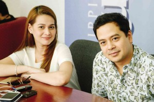 Were John Lloyd Cruz and Bea Alonzo Spotted on a Date in Balesin?