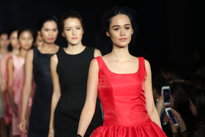 Philippine Fashion Week Holiday 2016: EsAc by AudiEA