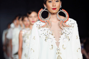 Philippine Fashion Week Holiday 2016: Amir Sali
