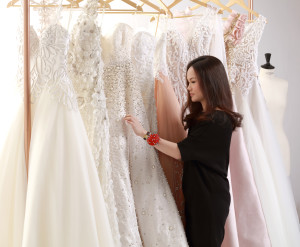 The Designer-Bride Relationship: 5 Tips on Making the Wedding Gown Design Work