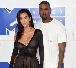 Sheer, Blazers, and Flowy Gowns: The VMA Fashion Trends We Spotted