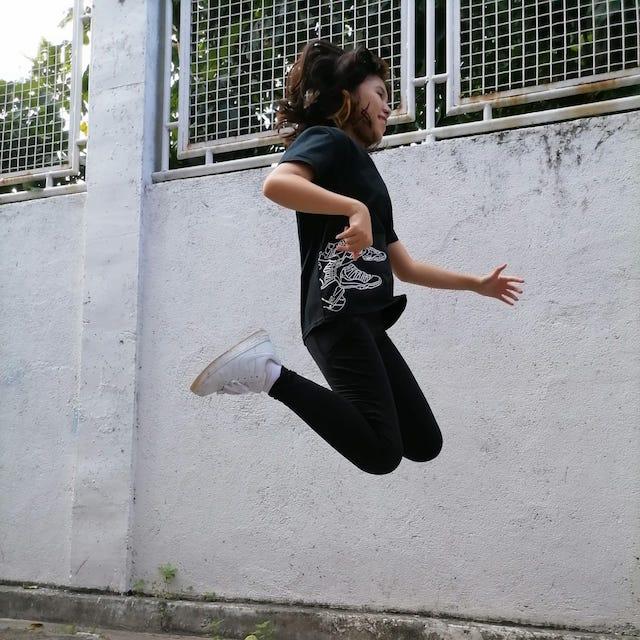 preen Huawei Y7a action shot